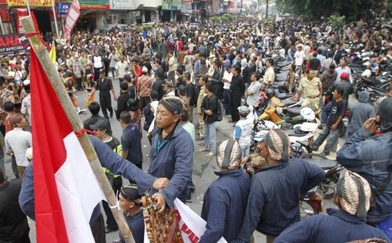 Contoh Kasus Integrasi Sosial Pada Masyarakat Majemuk Hukamnas Com